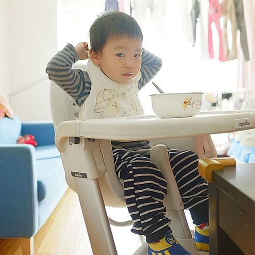 壮壮 Baby Boy Portrait seat light high lunch living room indoor