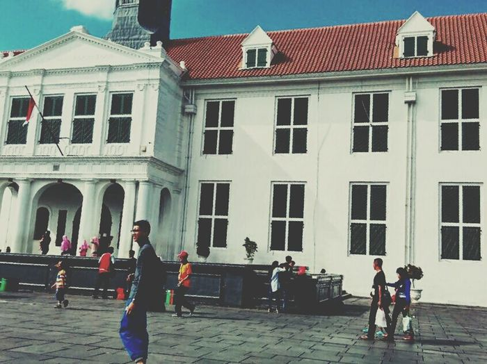 Destination on Djakarta - Kota Tua Gedung Building Jakarta Kota Tua Pusat Kota Monumen Kota Alun Alun Photography INDONESIA Vacations Island Goodmood Bad Mood Blackandwhite Monas Friendship People Summer Black Background Men City Architecture Building Exterior Built Structure
