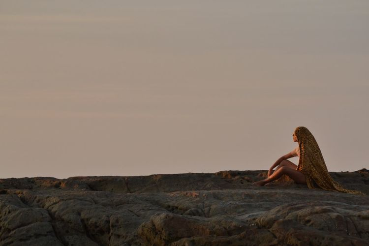 Adult Day Horizon One Person One Woman Only Relax Rocky Beach Sitting Sky Thinking