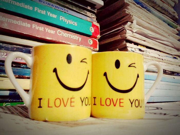 Cups Twocups Two Is Better Than One Two Objects Bookstore Books ♥ Bookshelf Memories ❤ Iloveyou Iloveyou❤ Yellow Color Smiley Smilerforever Oldbooks Lieblingsteil Paint The Town Yellow