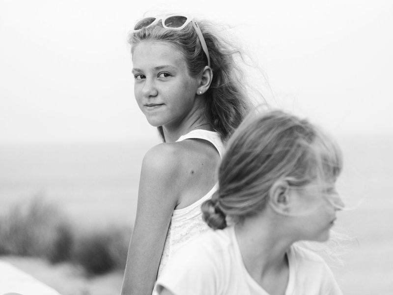 Light breeze чернобелое черно-белое фото Чб черно-белое Blackandwhite Black And White Bnw Bnw_collection Black & White Black And White Photography Girls Family Sight Eyesight Girlfrends Bnw_planet Portrait Portrait Photography The Portraitist - 2017 EyeEm Awards Live For The Story EyeEmNewHere Place Of Heart