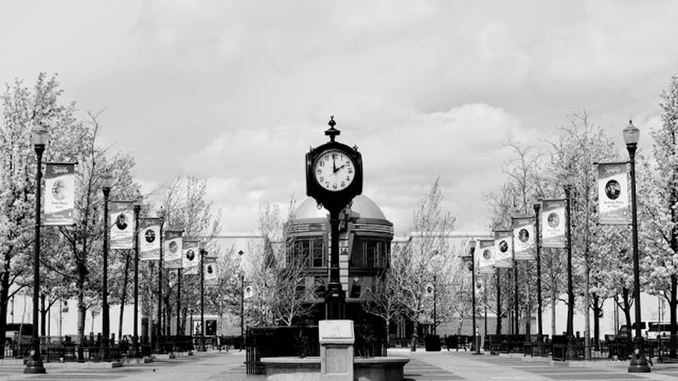 Clockwork Day Cityscapes Outdoors City Life No People Daytime Photography Monochrome Downtown Life Life Is Beautiful Hanging Out