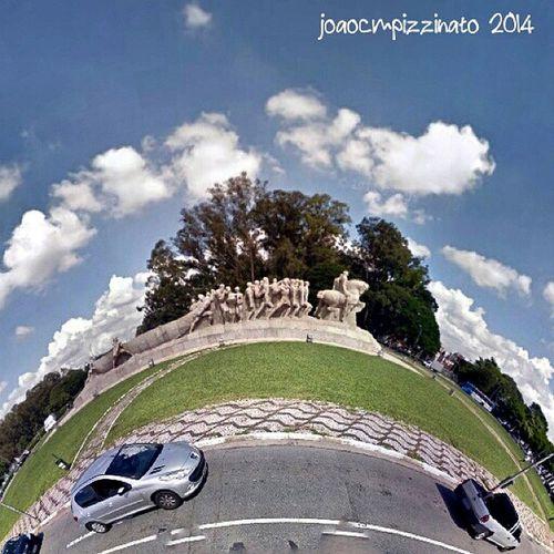 Small Planet 2. Monumentoasbandeiras Streetphotography Urban Colors city zonasul saopaulo brasil photography smallplanet