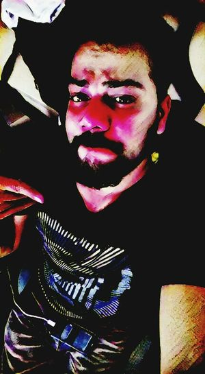 Getting bored now .. 😂😂✌✌ Hello World ✌ Check This Out! That's Me✌️ Self Portrait Portrait Of A Man  Beard Model Night Time Boring At Work  Young Adult The Human Condition Office Building Leisure Activity Looking At Camera Indoors  Adult Face Paint Horror People Model In Office When Getting Bore Funnyface