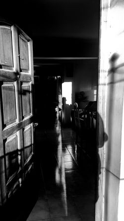 Wet Water Indoors  Real People People Day Adult Architecture One Person Adults Only Door Juanmogor Byw Shadows & Lights Blavk And White Artphotography