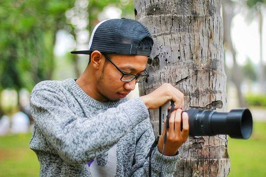 "Kalo mau tau mah ini cuman pura"" doang... taken @aryandimz editing by me : Chasinglight Bokeh Streetphotography Street Photography INDONESIA Instagood Instaindo Photogenic  Photograph Photomodel Model Cute Selfie Bokeh Instaeurope Smile Photooftheday Latepost Makeup Art Chanel Photogenic  Photo Active"