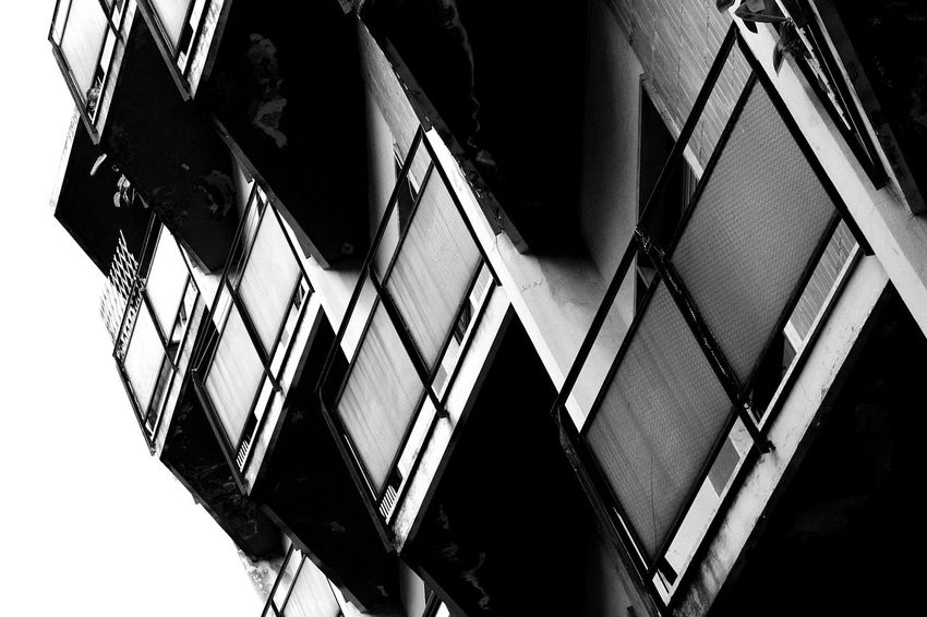 Low Angle View No People Outdoors Canon_shoot Exploring Canon_official Metal Canoneos1100D Canon1100d Canon_camera Canon_bw Canon_photos Passionforphotography Canon_offical City Street Street Bnw Amateurphotography Architectural Detail Built Structure Canonphotography Architecture Details Canoneos Text