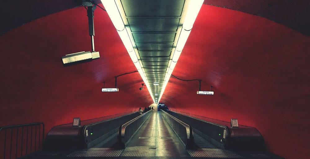 RER Paris Opéra Red Lights