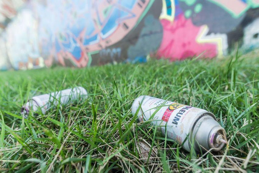 Graffiti Graffiti Art Spray Paint Art Public Art Close-up Container Creativity Paint Outdoors