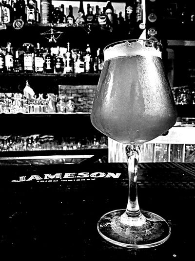 Beer IPA Blackandwhite Pub Beertime Drink Relaxing Black And White Black & White Black&white Monochrome Blackandwhite Photography Alcohol Alcool  Glass Beer O'clock
