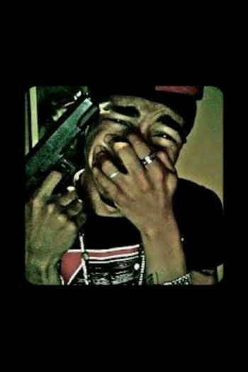 Ayeee, i read about this shit, i almost cried, & i dont know him! :( rest in peace though Freddy E