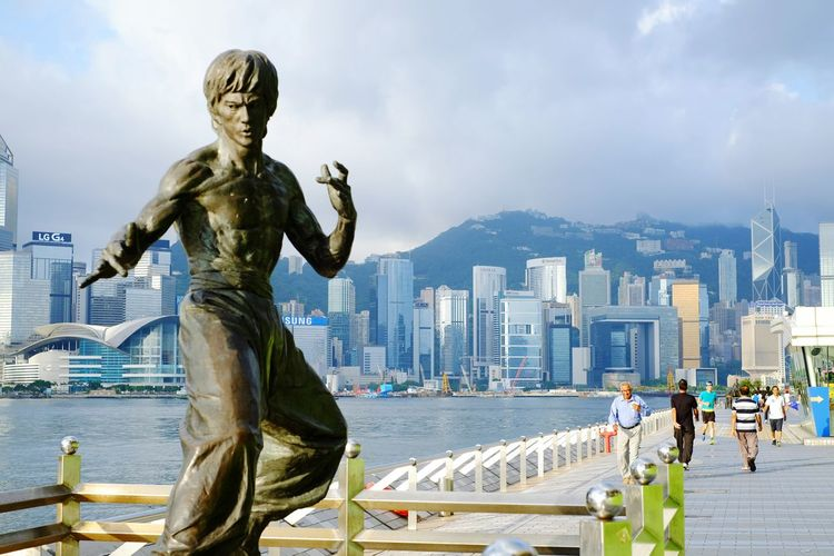 Bruce Lee Avenue Of Stars Hong Kong