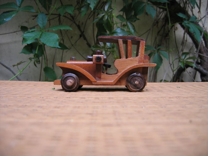 The Now is the only Reality, go to the Theater... Aimiamos Cars CarShow Cinematic Classic Cars Ideas Imagination Old-fashioned Storytelling Transmedia Vintage Cars Vintage Toys Wood Carving Art