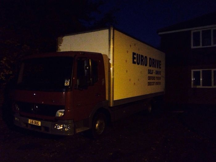 Parked up in Hagbourne last night, now need to bring it to Diddy and fill it with my crap.
