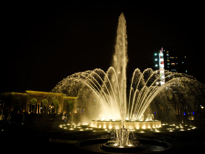 Parque de las Aguas Fuente❤Agua Lima Lima-Perú Nature Night Lights Nightphotography Water Reflections Arts Culture And Entertainment Blurred Motion Celebration Event Exploding Firework Firework - Man Made Object Firework Display Fontain Fountain Glowing Illuminated Long Exposure Motion Night No People Outdoors Sky Sparks Speed Traditional Festival Water Water_collection