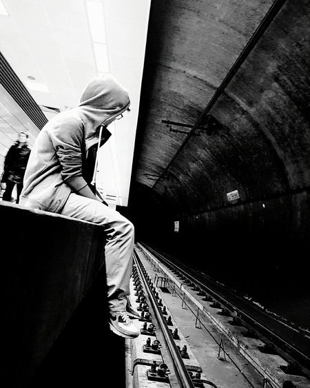 One Man Only Only Men One Person Adults Only People Indoors  Adult Men Senior Men Headwear Day Subway Waiting Streetphotography Subwayphotography Looking Alone In The Dark Subway Portraits Taking Photos Subway Station Black And White Black & White Outdoors Casual Clothing Transportation