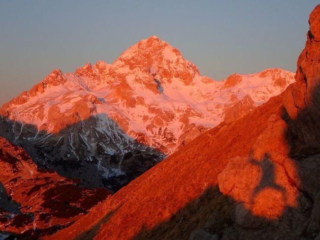 💖💛💖trigLav anD mE💖💛💖Beauty In Nature Landscape Mountain Sunrise_sunsets_aroundworld 💪💪🌞🌞life Is Better In The MountainS🌞🌞💚💚 Visevnik Julijske Alpe IfeelsLOVEnia Winterfairytale Triglav Hiking Triglavskinarodnipark Hiking❤ Sunrise Triglav National Park