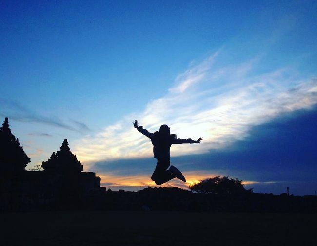 Suatu sore di Kota Budaya Ponselkamera Darkness And Light Photography Likesforlikes Landscape Dramatic Sky Sky Sunset Silhouette Yogyakarta,indonesia Travel Photography Travel Destinations Travelgoals Indonesiantraveler