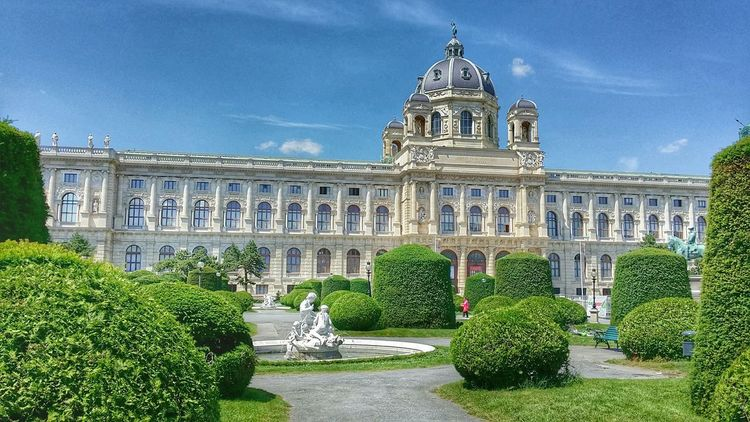 Summer in the city Vienna Austria Fun and happiness Architecture and Streetphotography Hello from Europe ! ;-)