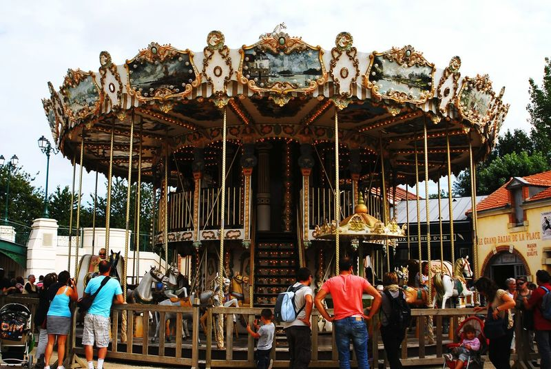 Old School Authentic Carousel Roundabout Merrygoround Puy Du Fou