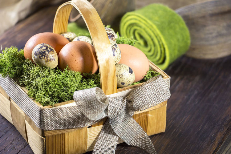 Little basket with easter eggs. Easter Easter Egg Easter Ready Easter Sunday Easter Eggs StillLifePhotography Basket Close-up Cute Day Egg Food Food And Drink Freshness Healthy Eating High Angle View Indoors  Nature No People Ready-to-eat Springtime Still Life Table Vegetable Wood - Material