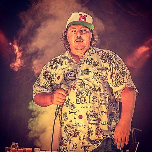 Sur scène.. Guntphotoart Gerardbaste Live Mix svinkels hiphop concert photographie funny