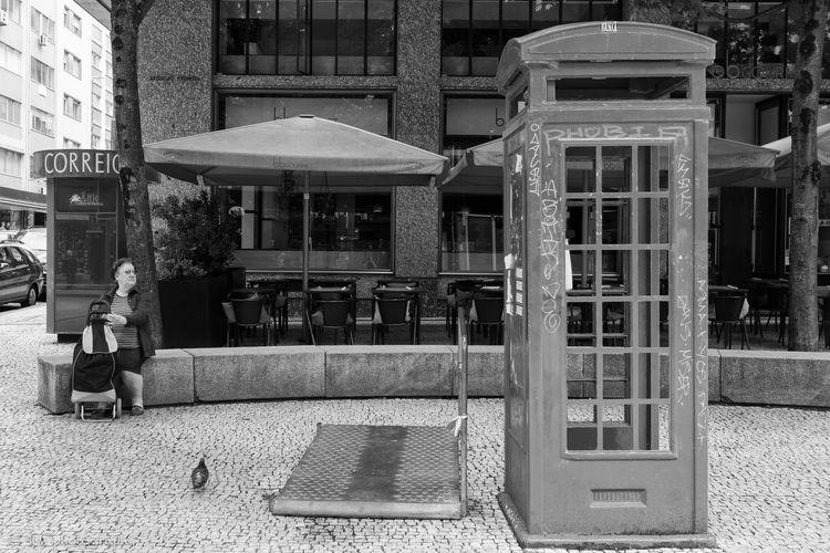 Porto Porto Portugal 🇵🇹 B&w B&w Photography b&w street photography Black And White Black And White Photography Blackandwhite City Day Outdoors Street Photography Street_capture Streetlife Streetphoto_bw Streetphotography