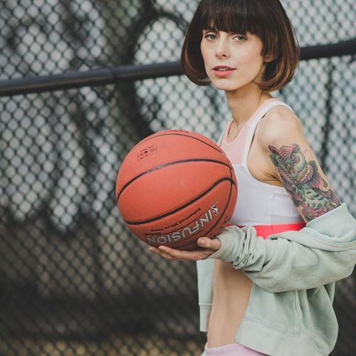 Another shot of @lucycates from last Sunday Photo Shoot. Great to collaborate with Fashion Stylist: @avbellouis, MUA/Hair: @mjmua Assistant: @photographygb_nynj Sports Soho Fashion Basketball model tatoo recentwork photoshoot editorial