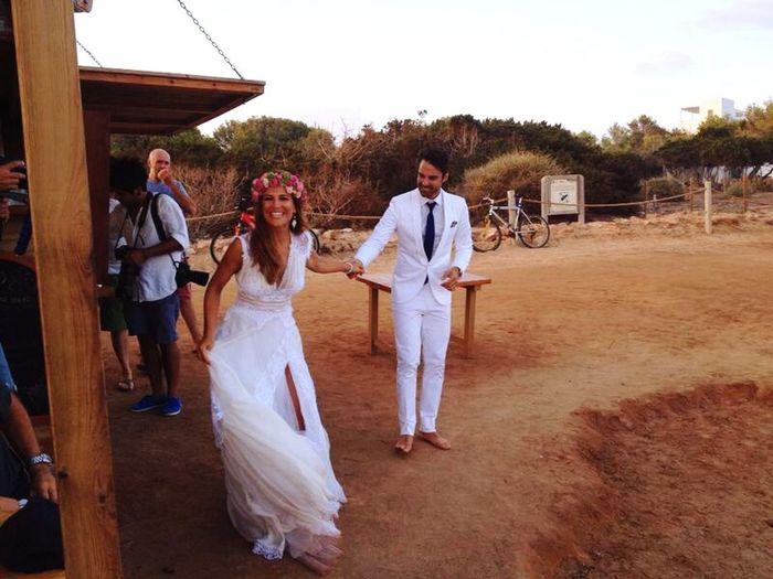 Wedding Party Enjoy Felicidad Playa♡ Beach Sunsplash Formentera The Week On EyeEm