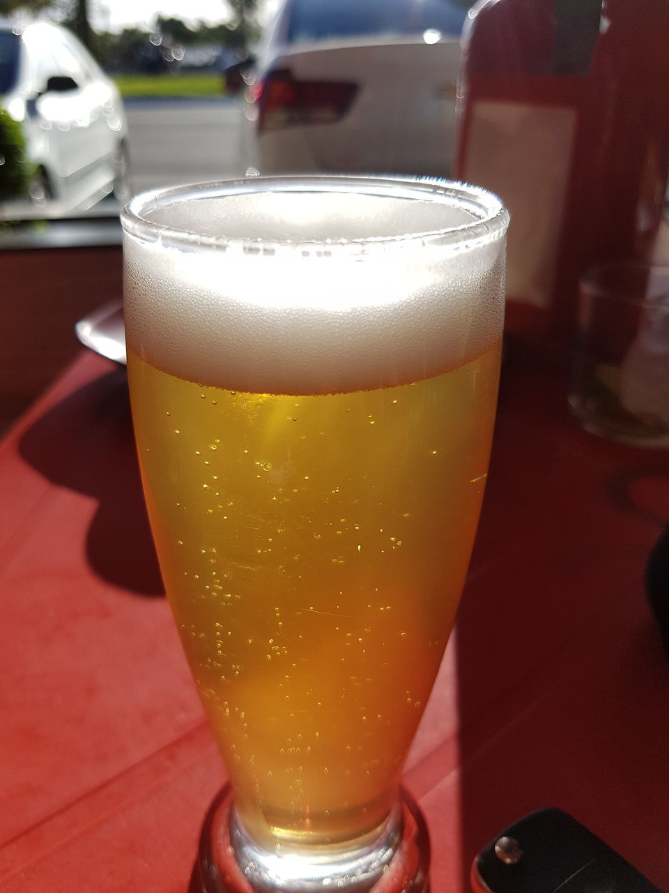 drink, beer glass, beer - alcohol, frothy drink, refreshment, alcohol, drinking glass, beer, close-up, food and drink, table, no people, freshness, indoors, day