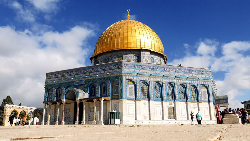 Architecture Building Exterior Built Structure Cloud - Sky Day Dome Dome Of The Rock Dome Of The Rock Jerusalem History Large Group Of People Men Outdoors People Place Of Worship Real People Religion Sky Spirituality Tourism Travel Travel Destinations Be. Ready. An Eye For Travel The Architect - 2018 EyeEm Awards