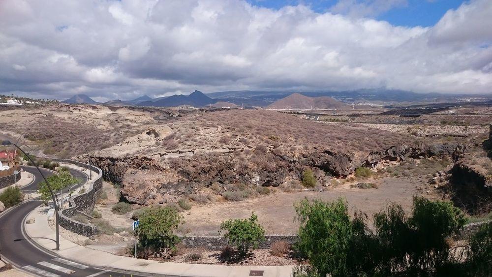 Clouds And Sky Tree Mountain Sand Arid Climate Sky Landscape Cloud - Sky Sand Dune Geology
