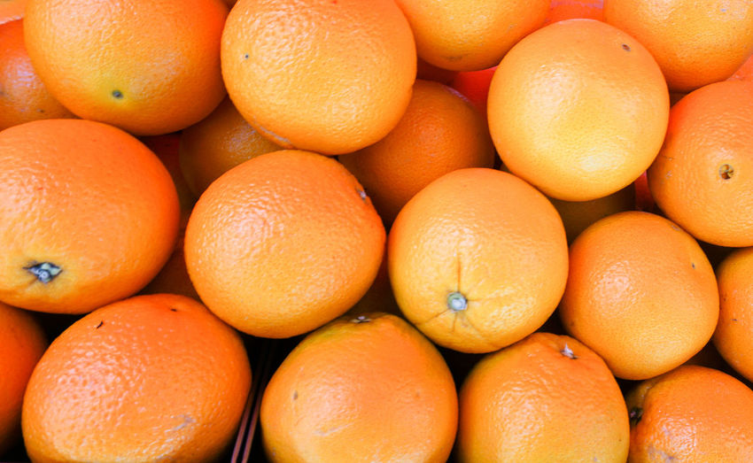 only the best oranges! Healthy Eating Food Food And Drink Freshness Orange Color Wellbeing Backgrounds Full Frame Fruit Citrus Fruit Large Group Of Objects Orange Orange - Fruit Abundance Market Retail  Close-up For Sale No People Ripe Retail Display