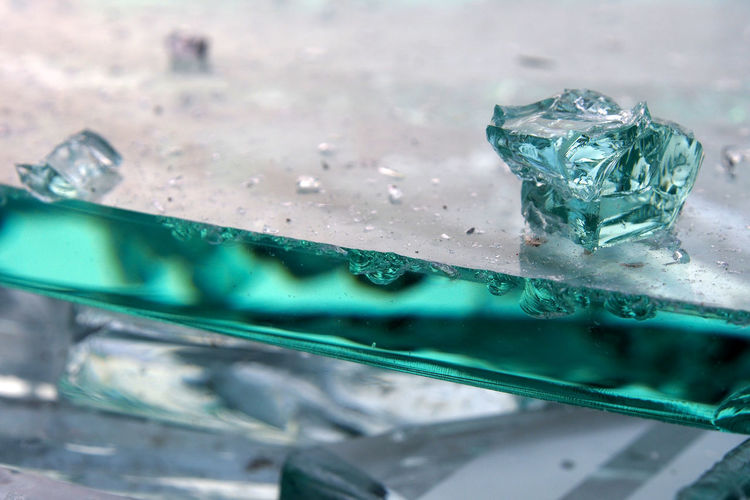 Close-up Water No People Indoors  Transparent Wet Blue Selective Focus Nature Drop Green Color Glass - Material Food And Drink Bubble Freshness Cold Temperature Focus On Foreground Frozen Purity Melting Turquoise Colored