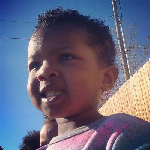 I told her to Smile ... Fake SheWasInAwe SherwoodChristmasParade LilosWorld