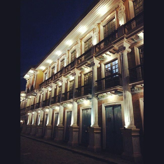 Paseo de Escolta at night. Work Travel Hotel Lascasasfilipinasdeacuzar architecture colonialhouses history
