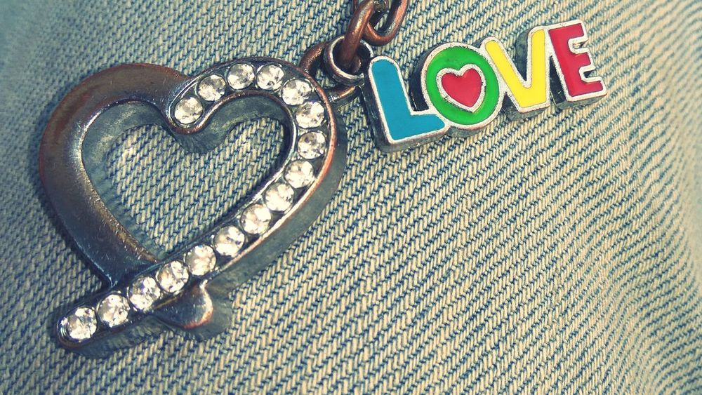 EyeEm Close-up Text Red Outdoors RedmiNote3Camera View From Above Keychain Love Keychain Love ♥ Heart ❤ ❤️❤️❤️💋💋💋💋❤️❤️❤️ ❤️💜💙💚💛