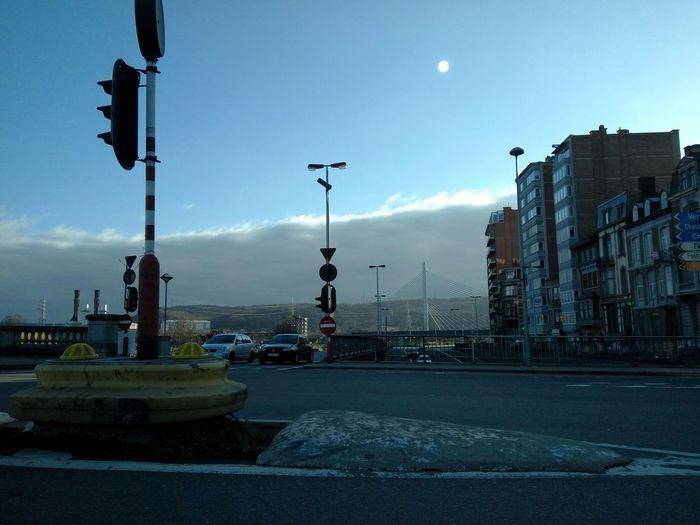 Nofilter Nofilter#noedit Nofilternoedit Liège - Pont De Fragnée Pont Nuage Ciel Et Nuages Flashlight Flash Notthesun Notthemoon Clouds Sky And Clouds Bridge