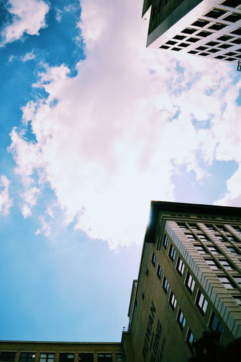 When the praises go up the blessings come down ☁ Feel The Journey Randxmphotography NikonD3100 Createexploretakeover VSCO Sky And Clouds Skyscraper