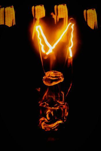 """""""It's alive!"""" (2015) Lightbulb Lightbulbart Lightbulb Tricky Pic Oddities Abstract Abstract Art"""