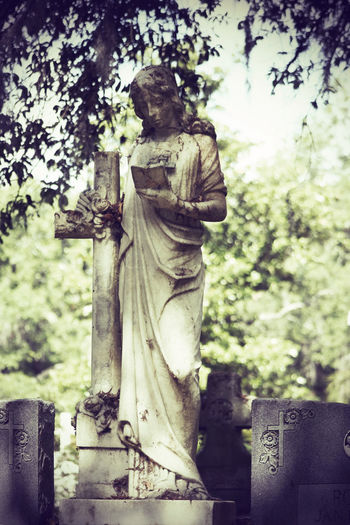 Cemetary Beauty Cemetery Cemetery Photography Memorial Memoriam Monuments Religion And Tradition Weathered Art Cemetery Cemeteryscape Gravestone Graveyard Headstones Memorial Outdoors Peaceful Peaceful Place Religion Religious  Religious Architecture Sculpture Statue Tombstone Weathered Stone