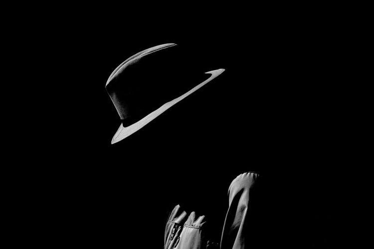 Man in the mirror Blackandwhite Black & White Blackandwhite Photography Streetphotography Streetphoto_bw Streetphotography_bw Monochrome EyeEm Selects
