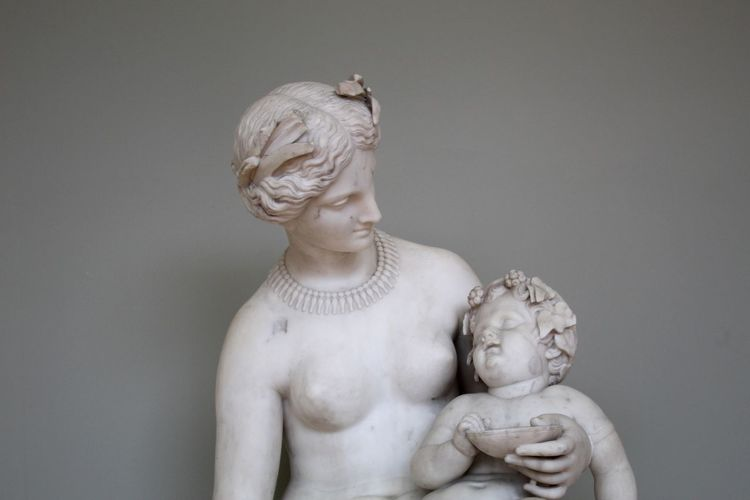 family Sculpture Art Art is Everywhere Grenoble Museum Beautiful Women Child Love Family Taking Care Beautiful Perfect Human Representation Shirtless Indoors  Statue Human Body Part Child Sculpture People Childhood Day