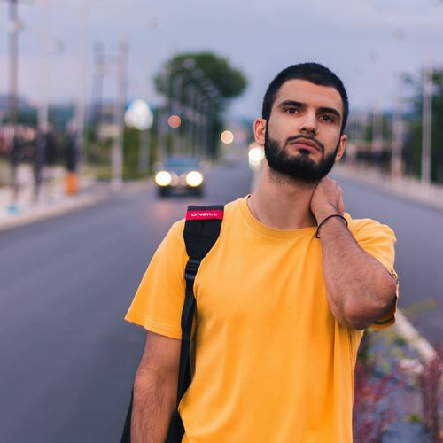 Portrait Photography Portrait Of A Man  Casual Clothing Man Urbanphotography Streetstyle Streetphotography Urban Lifestyle Urban Scene Street Light Street Fashion Beardman Beardlife Portait Photography EyeEm Selects City Portrait Sportsman Men Looking At Camera Beard Sport Young Men Handsome Yellow