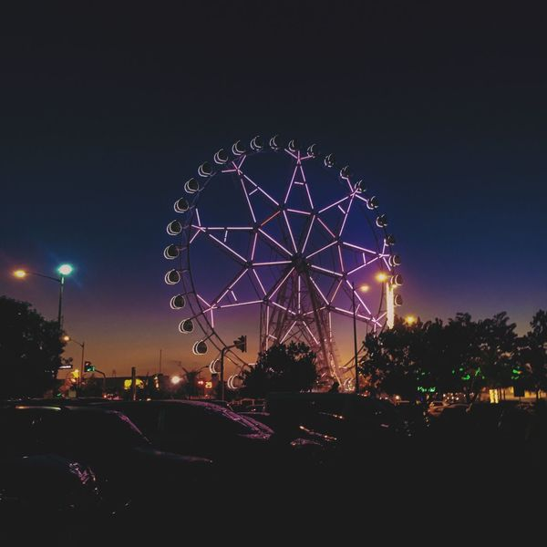 EyeEm EyeEmNewHere Eyeemphotography Daynight Sky And Clouds Amusement Park Night Ferris Wheel Capture The Moment Beauty Nightlife Nightlifephotography Lights Like4like Followme Follow4follow Amusement Park Ride
