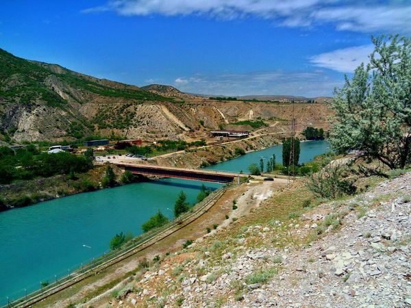 Сулакский каньон, Дагестан. Canyon Landscape Blue Color River Dagestan Travel Destinations Sky Green Color Tranquility Outdoors Beauty In Nature Mountain Water Blue Tranquil Scene UnderSea LeEco LeTv X600 Nature Day