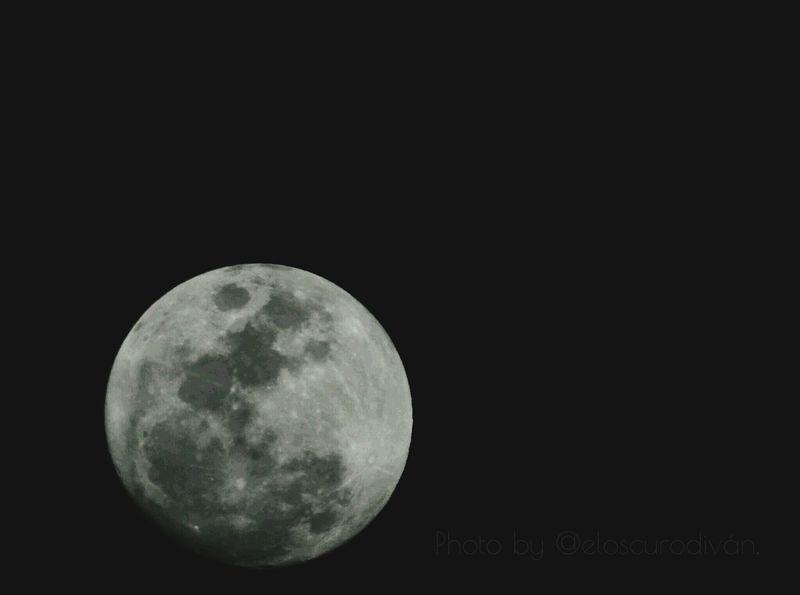 Selene Tonight. Luna Lunallena Moon
