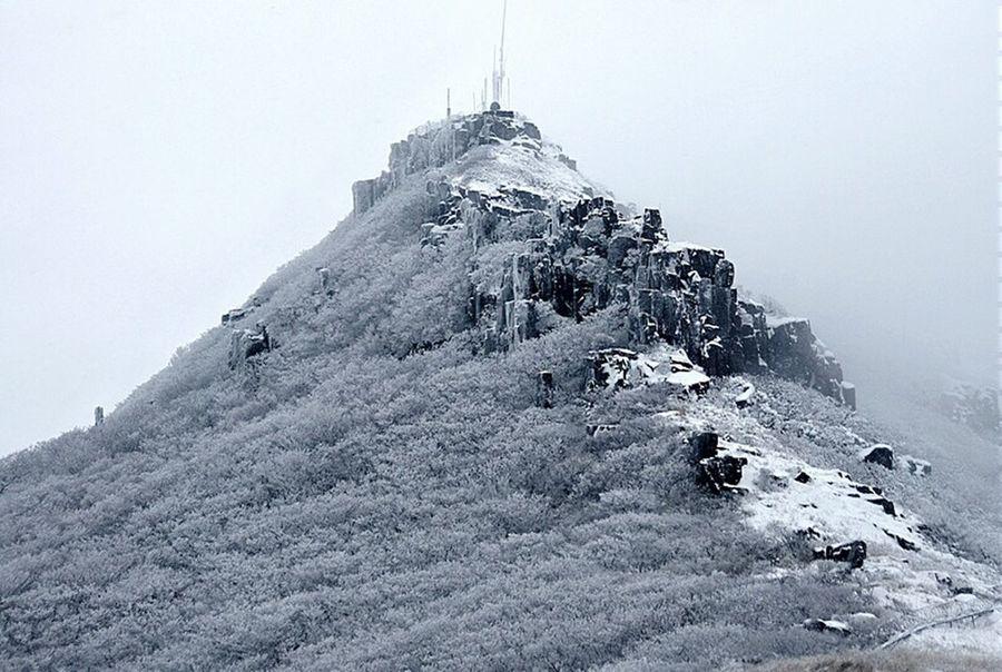 Snowcapped Snow ❄ Snowwhite Snowcapped Mountain Snowlandscape