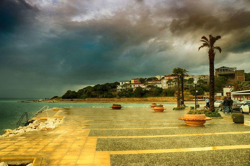 Çeşme Alaçatı Taking Photos Enjoying Life Edge Of The World Nature Photography Lovely Weather ızmir Izmirdeyasam Izmir Cesme Seascape