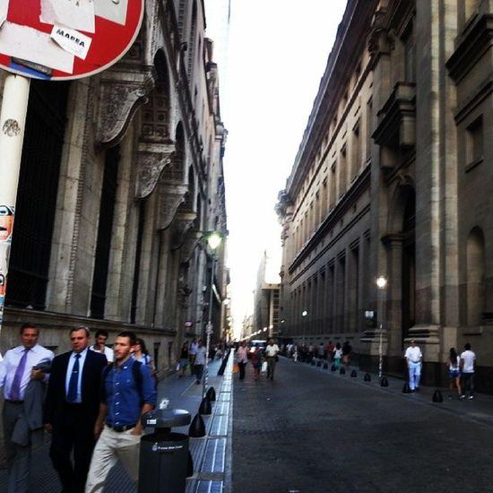 Calles a los alrededores de la Plaza de Mayo